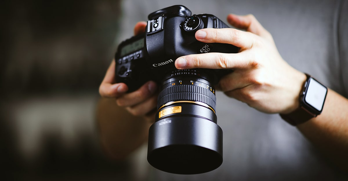Press Release: DriveSavers Offers Safety Tips For Photographers Handling Flash Memory Cards