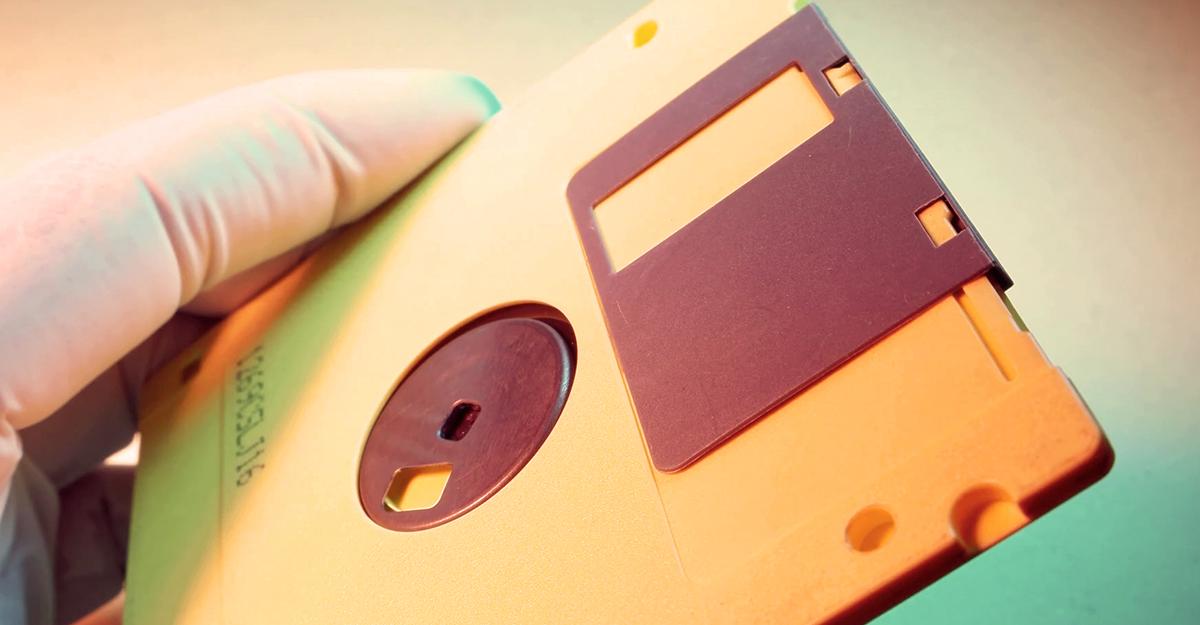 Cinema Blend: Tons Of Rare Star Trek Data Recovered From Gene Roddenberry's Old Floppy Disks
