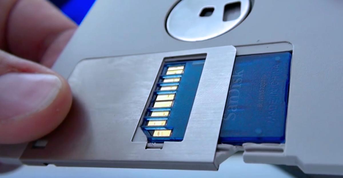 Gizmodo: What's Hidden On Gene Roddenberry's Secret Floppy Disks?