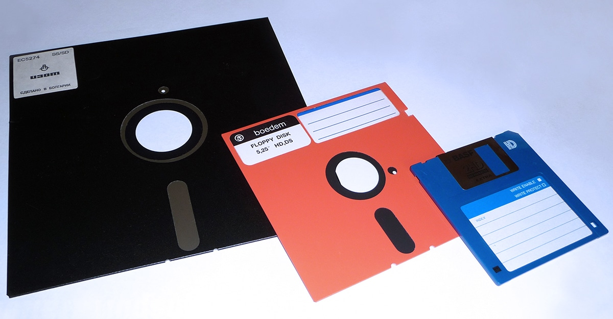Venture Beat: 200 Floppy Disks Belonging To Star Trek's Creator Have Been Recovered And Could Offer Some Surprises