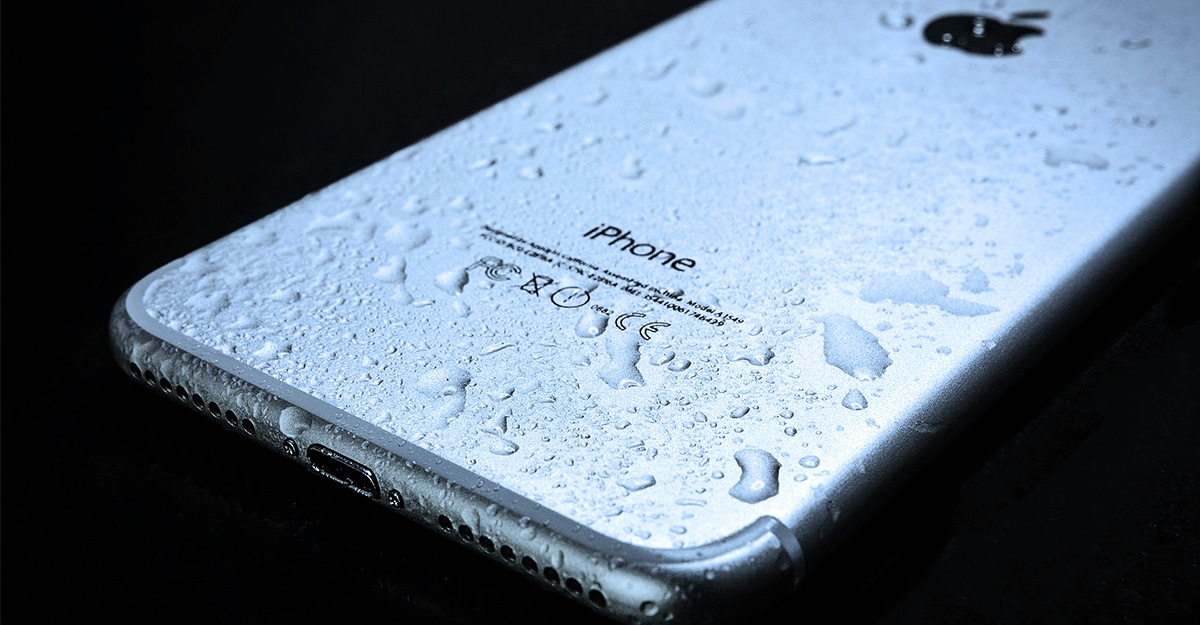 Wet Smartphone: To Rice Or Not To Rice?
