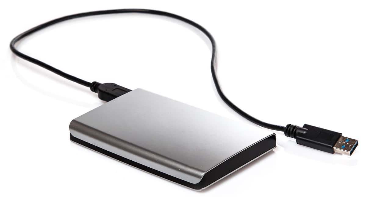 Four Things To Consider Before Buying An External Hard Drive